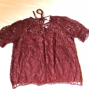 Burgundy Short sleeved shirt